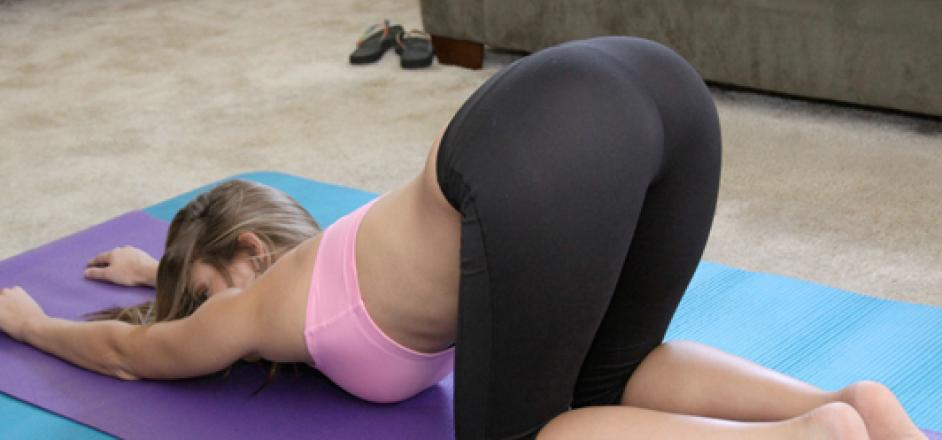 yoga pants see through cameltoe sex rub